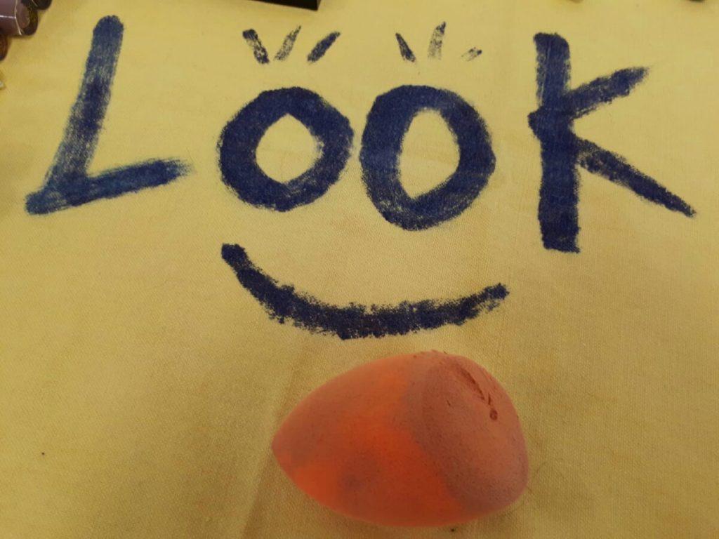 Make-up blending sponge
